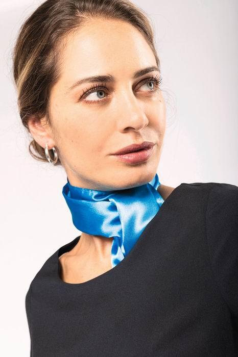 Saténový šátek - zvětšit obrázek